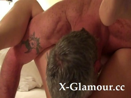 Mature Lovers Enjoy Satisfying One Anothers Needs With Oral [SD]