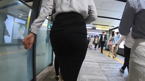 臀部がすごい上級キャリウーマンno2