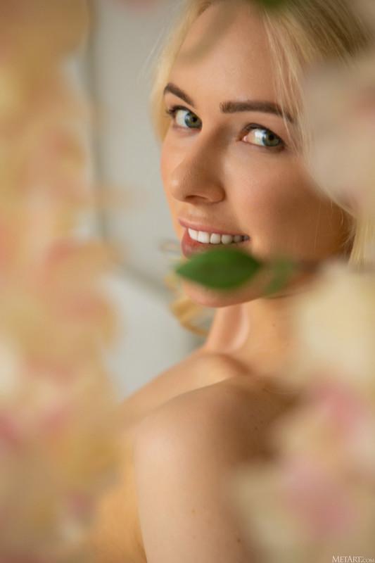 Anna Delos - Ring of Flowers (Oct 20, 2020)
