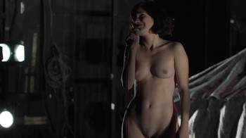 Celebrity Content - Naked On Stage - Page 41 Oe4k13b8m3hu