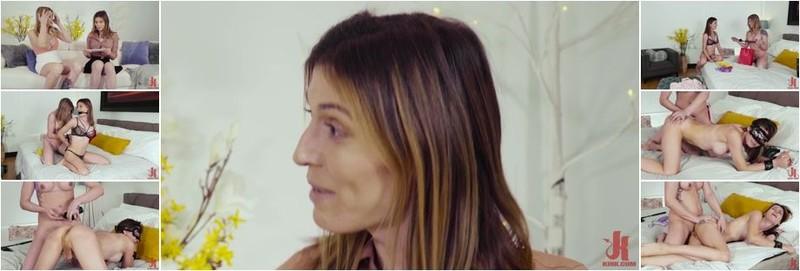 Casey Kisses, Korra Del Rio - Voyeur Cam Pt. 1: Casey Kisses Seduces New Roommate Korra Del Rio (HD)