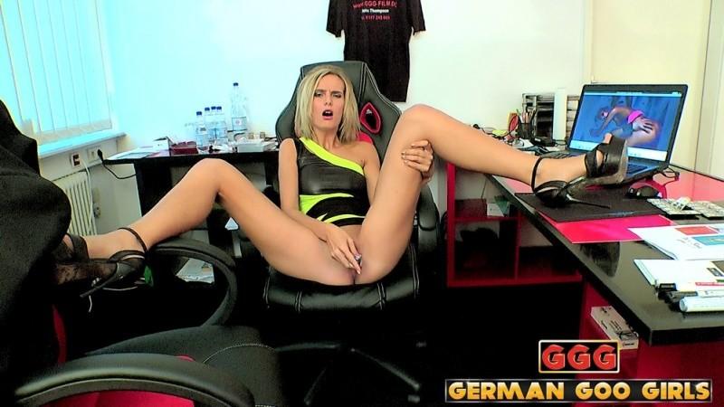 GermanGooGirls - July sun, Ashlee Cox, Jenny Smart, Juliette, Lolita Devil