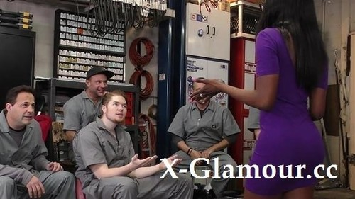 Black Girl Gangbanged In The Garage [HD]