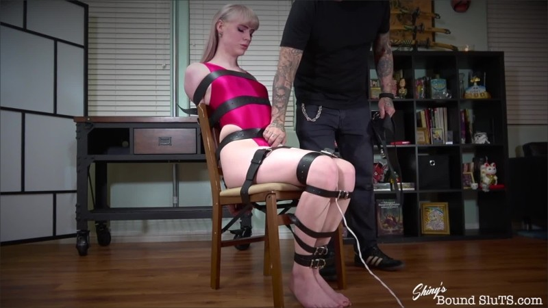 [ShinysBoundSluTS] Lianna Lawson - Trapped In Her Head