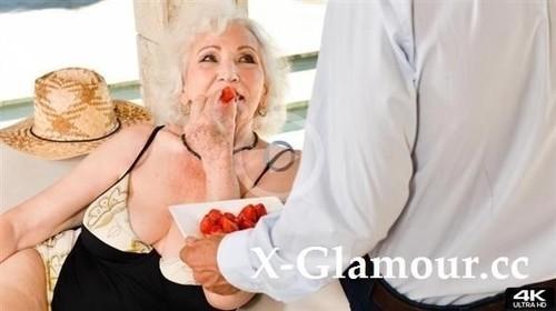 Norma B - 80 Years Old, Still A Diva [FullHD/1080p]
