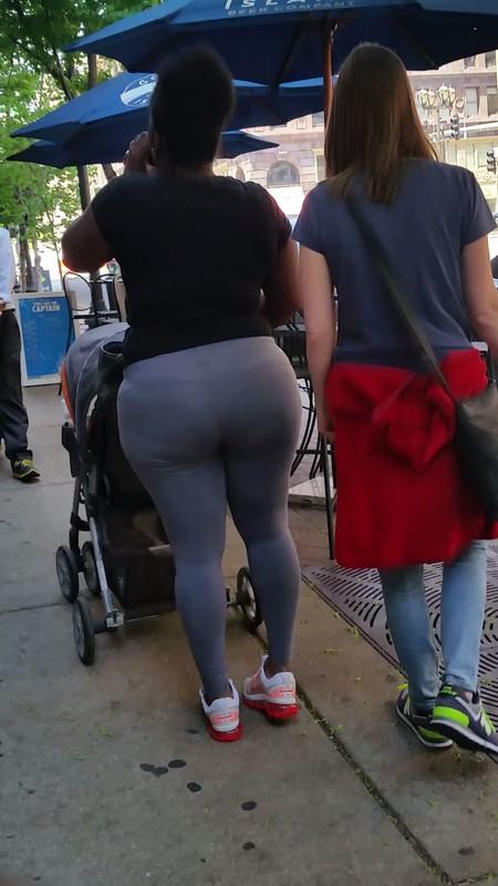 curvy african milf in grey leggings