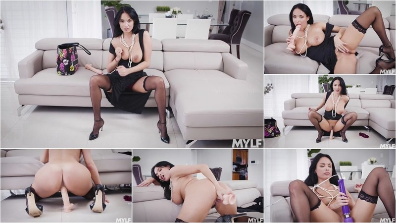 Anissa Kate Rather Lonely [SD 400P]