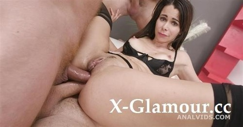 Jessy Jey - 4On1 Balls Deep Anal, Dap, Gapes Creampie And Swallow Gio1611 [HD/720p]