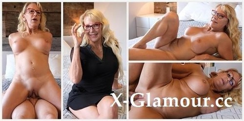 Bianca FitcougarS Casting - Titty Fuck