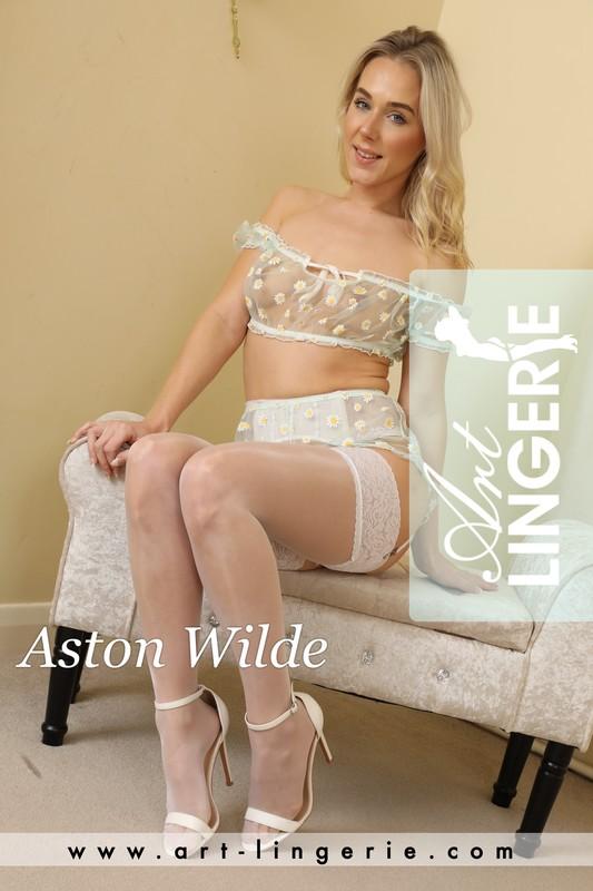 Aston Wilde - Set 9732  (2020-12-06)