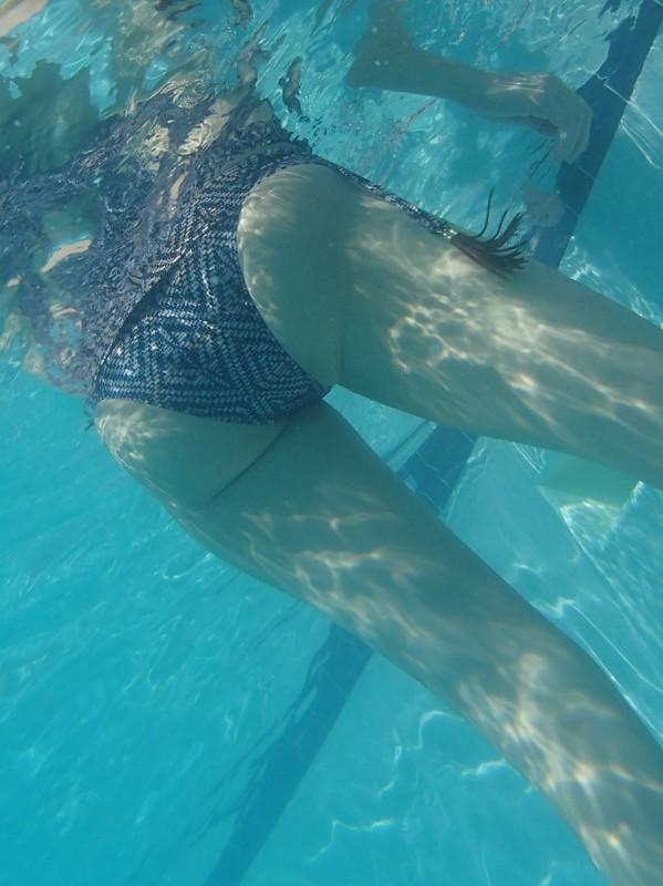 pool booty swimsuit underwater creepshots