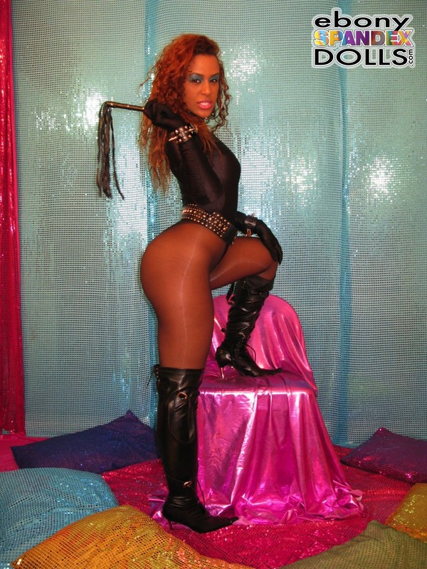 african mistress Dominique in leotards & boots
