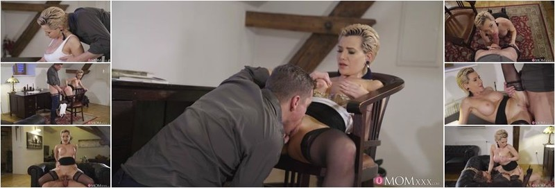 Subil Arch - Russian MILF romanced in stockings (HD)