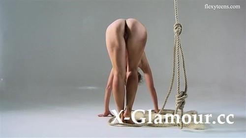 Naked Gymnast 2019-12-08 [SD]