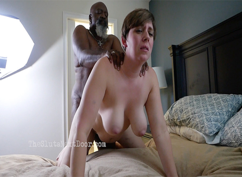 Theslutsnextdoor - Max N Cammie at the Porn-House