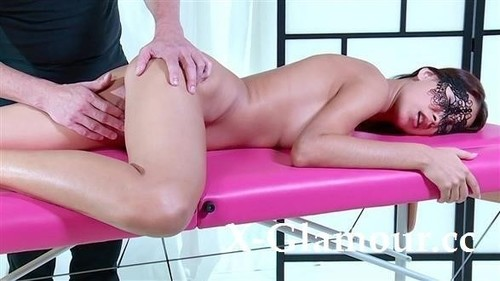 Amateurs - Masked Rogue Fingered On The Massage Table (SD)