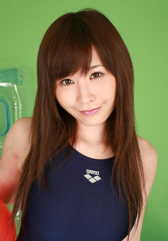 japan babe Iyo Hanaki in arena 1 piece swimsuit
