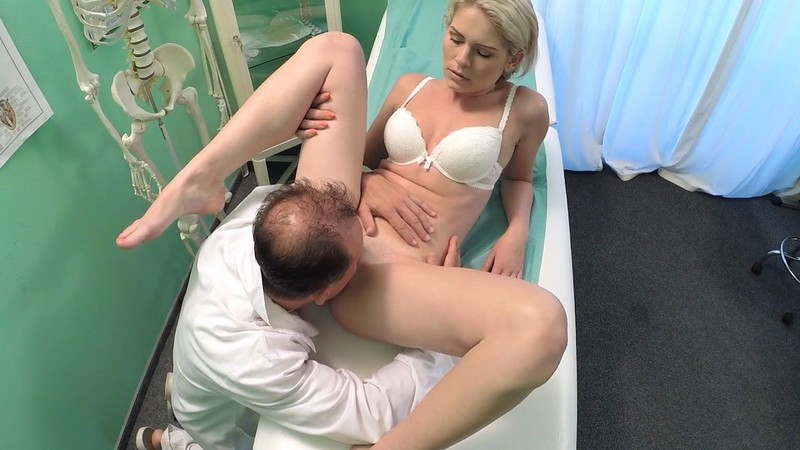 Fakehub - Slim babe wants sex with doctor