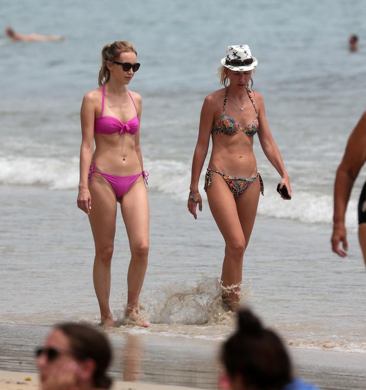 2 lesbian girls beach voyeur gallery