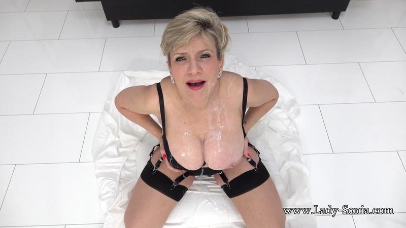 Lady Sonia - Married Slut Covered In Cum [FullHD 1080P]