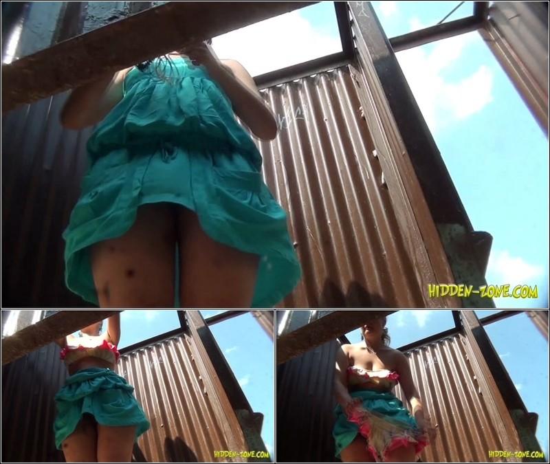Beach Cabin-Voyeur Video 3071