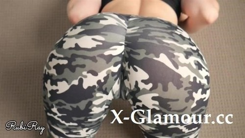 RubiRay - Hot Babe Teases Step Bro And Makes Him Cum In Her Panties And Yoga Pants [FullHD/1080p]