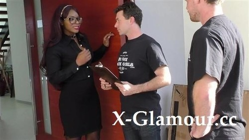 Jasmine Webb - Black Beauty Takes Two White Cocks [SD/480p]