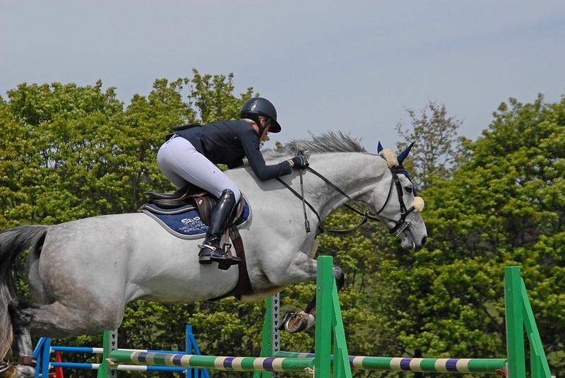 equestrian racing girls in boots & sexy jodhpurs