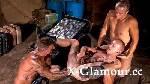 Mason Garet, Ricky Sinz, Aaron Summers - Fistpack 17 - Grunts Fisting - Arm Of One, Scene 01 (FullHD)