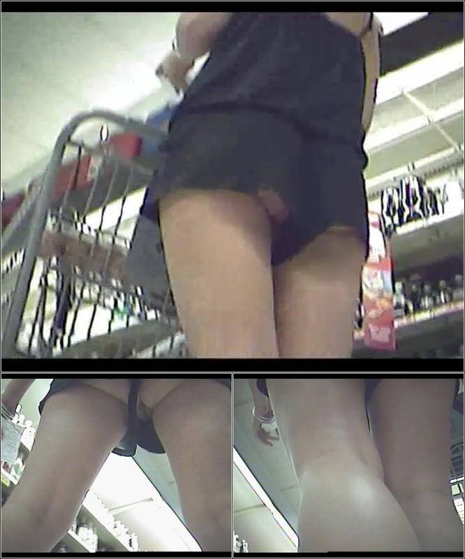 Upskirt No Panties 4172