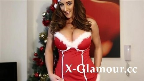 Stacey Poole - Christmas Fun With A Big Tits Chick [SD/480p]
