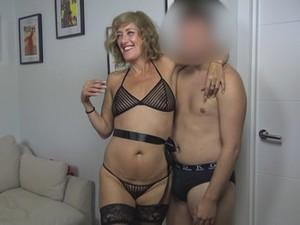 PepePorn|¿Valgo para el Porno? - Clases de sexo, Veronika la madurita VS Chavalito inexperto [16-02-2021]