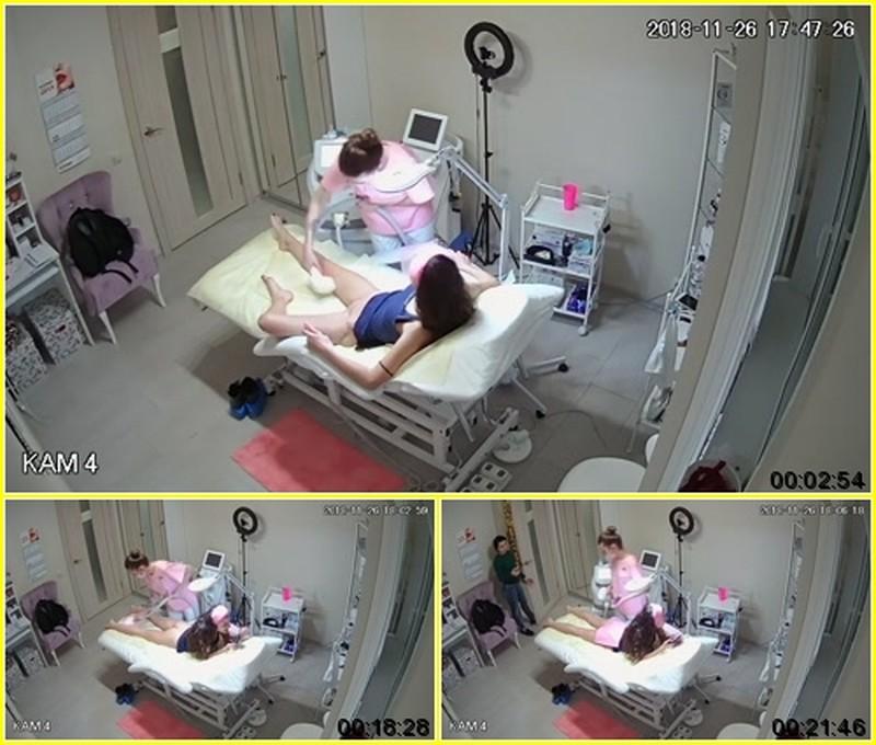 hz Voyeur in cosmetic salon #21